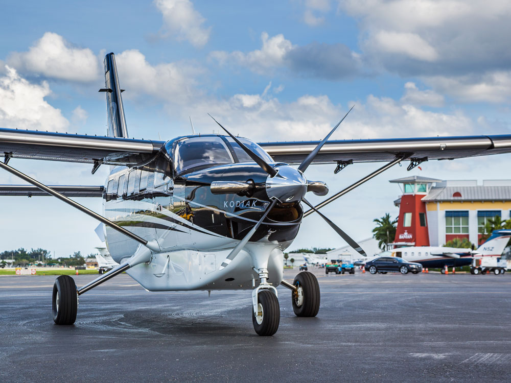 Black Quest Kodiak Tarmac