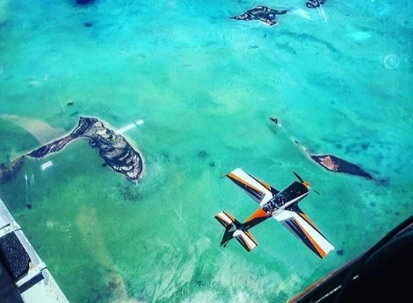 bahamas flight photo