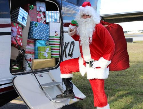 Santa Visits Banyan Pilot Shop