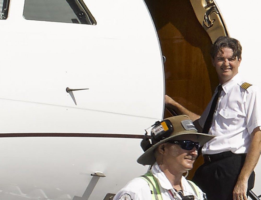 How many business jet pilots will be grounded in 2020?